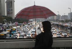 İstanbullulara sabah şoku Yağmurla beraber trafik kilit...