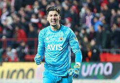 Son dakika | Fenerbahçee Altay Bayındır ameliyat oldu