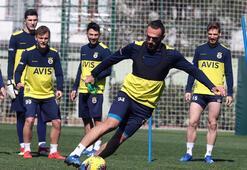 Fenerbahçe, Süper Ligde yarın İttifak Holding Konyaspora konuk  olacak