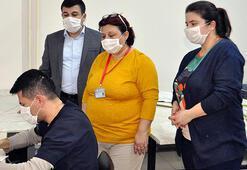 Son dakika Corona virüs yüzünden herkes onun peşinde Maskeleri artık kendileri yapıyor