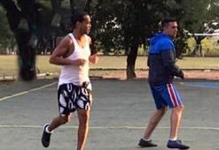 Ronaldinhodan koronavirüs çalımı