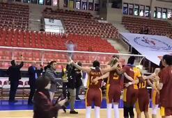 Galatasaray Kadın Basketbol Takımı, Fenerbahçe zaferini böyle kutladı
