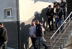 Esenyurtta kendilerini 'polis' olarak tanıtan gasp şüphelileri yakalandı