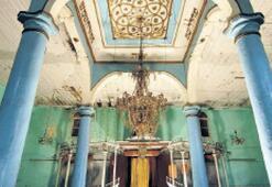 16 sinagogdan biri Kemeraltı'nda