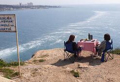 Antalya falezlerinde ölümüne keyif