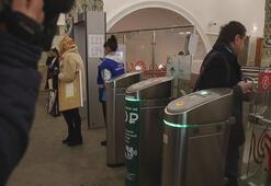 Rusya corona virüs salgını nedeniyle sınırlarını yabancılara kapattı