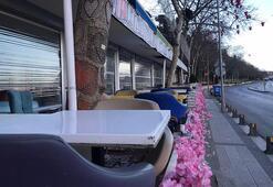 Kafeler kepenk kapattı, İstanbulda sahiller bomboş kaldı