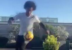 Yıldız futbolcu Willian da karantinada boş durmuyor...
