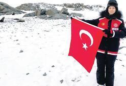 Antarktika'da ilk Türk kadın subay