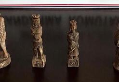 Roma dönemi 4 heykeli satmak isterken yakalandı
