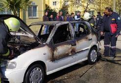 Seyir halindeki otomobilde çıkan yangın korkuttu