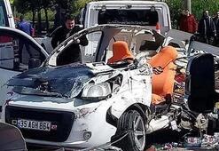 İzmirde feci kaza Yaralılar var