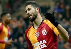 Galatasarayda Falcao geldi, Emre Akbaba gitti