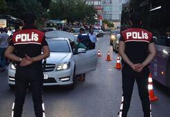 2 bin 300  polis görev  başında