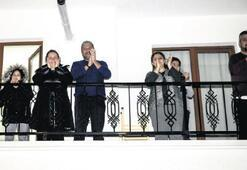 Sağlıkçıları Türkiye alkışladı