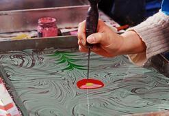 Ebru Sanatı Nedir, Nasıl Yapılır Ebru Sanatının Tarihçesi