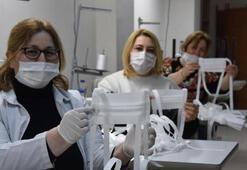 Meslek kursu öğretmenleri, sağlık çalışanları için maske üretiyor