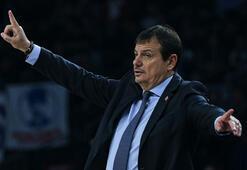 Ergin Ataman: Maçların ertelenmesi kaçınılmaz bir önlemdi