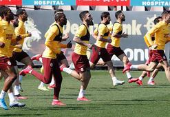 Galatasarayda futbolcular primlerini personele verecek