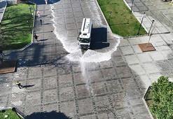 Sultanahmet Meydanı dezenfekte edildi
