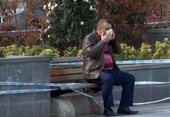 Esenyurtta pes dedirten görüntü Şeride rağmen banka oturdular