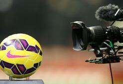 FIFAdan acı itiraf  Ligler mayısta...