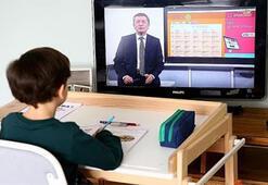 Uzaktan eğitimde 2. gün Uzaktan eğitim nasıl izlenir, hangi kanalda İlkokul - ortaokul - lise ders saatleri