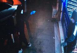 Son dakika... Coronaya karşı maske ve eldiven takan saldırganlar bekçilerle çatıştı