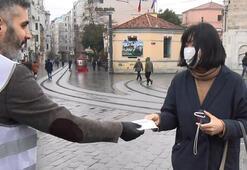 Sosyal medyada gündem olan iş adamı Taksimde 5 bin maske dağıttı