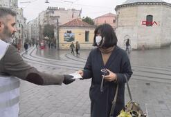 İş adamı Taksimde 5 bin maske dağıttı