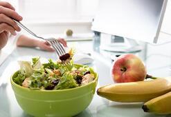 Masa başı çalışanlar için sağlıklı atıştırmalık tarifler