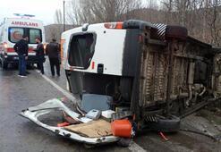 Tokatta işçi servis minibüsü devrildi: 13 yaralı