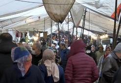 Güngörende semt pazarında koronavirüs tedbirlerine uyulmadı
