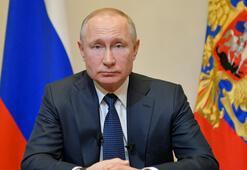 Putin: Referandum corona virüs nedeniyle ertelenecek