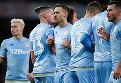 Leeds Unitedlı futbolcular maaşlarında kesinti yapacak