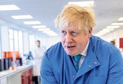 'Sürü bağışıklığı' derken virüs Johnson'ı da vurdu