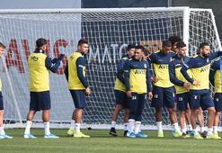 Fenerbahçede sadece iki yıldız ayakta kaldı