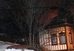 Ankarada terk edilmiş tarihi iki konak yandı