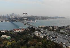 İstanbul trafiğine corona virüs etkisi... 15 Temmuz Şehitler köprüsü boş kaldı