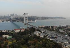 İstanbul trafiğine corona virüs etkisi; 15 Temmuz Şehitler köprüsü boş kaldı