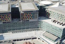 Okmeydanı Eğitim ve Araştırma Hastanesi yeni binasına karantina günlerinde kavuşuyor