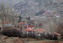 Bir köy daha kendini corona virüse karşı karantinaya aldı