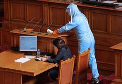 Bulgaristan'da milletvekili corona virüsüne yakalandı