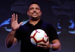 Brezilyalı eski futbolcu Ronaldodan evde kal çağrısı
