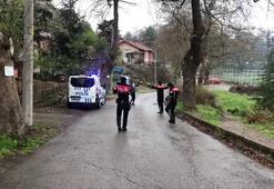 Devriye görevi atan polis ekipleri oyun havası açıp oynadı