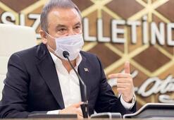 Antalya Büyükşehir Belediye Başkanı Muhittin Böcek: Dezenfektan ordusu virüse karşı savaşıyor