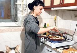 'Evde yemek yapma görevi bana düştü'