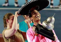 Rafael Nadal ve kardeşinden evde tenis maçı...