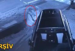 Araçların kapı kollarına dokununca polisi alarma geçirdi