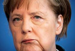 Son dakika... Merkelden tarihi çıkış